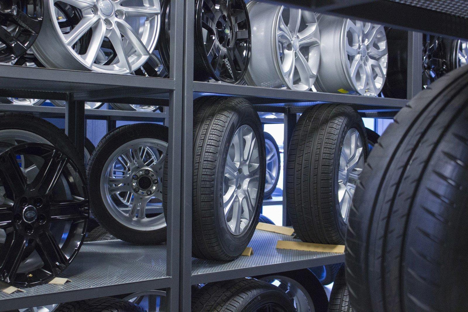 PHV PNEUS - Garage